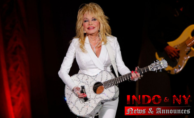 Dolly Parton asks Tennessee to Not Place her statue in Capitol