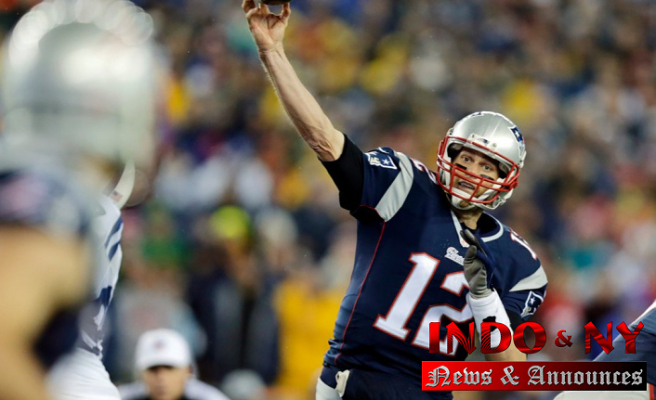 Soccer from Tom Brady's first NFL touchdown pass up for auction