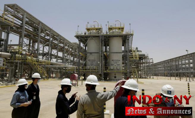 Half-year earnings for Saudi oil giant Aramco rise to $47B