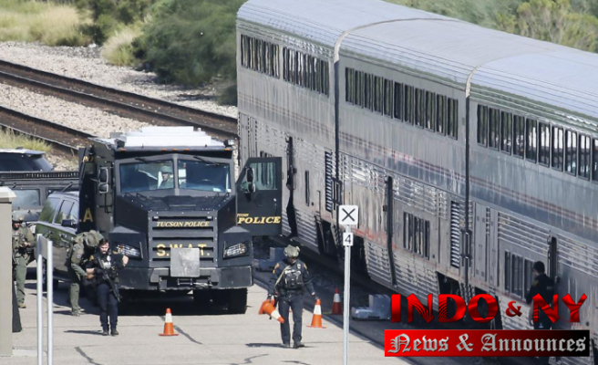 Gunman and DEA agent killed in Amtrak train shooting, Arizona