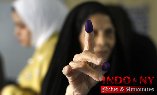 Iraqis vote for new parliament hoping for change
