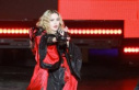 I don't give a F...! Madonna provokes with naked picture...