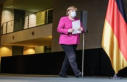 After apology to the citizens: Chancellor Angela Merkel...