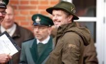 Crown prince Frederik prince Henrik's footsteps: Train Lego-heir man with on the hunt