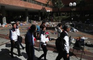 All demonstrators have left the besieged university...
