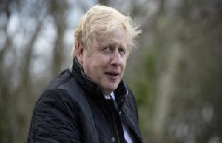 Isskulptur replace Boris Johnson in the tv debate...