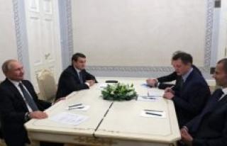Uefa president to Putin: Russia to remain EM-host