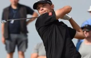 Bad round sends young golfdansker out in Australia