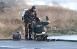 Divers in Nørresundby Harbour to find forvunden 19-year-old