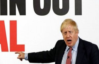 Live: Follow the last crucial debate between Boris...