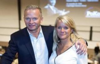 Mangemillionæren Lars Tvede's wife had invited guests:...