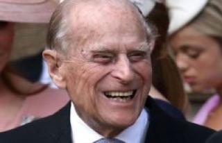 Queen Elizabeth's husband is hospitalized in London