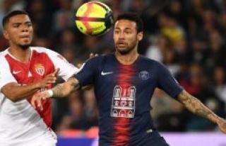 Rain postpones the game between Monaco and PSG