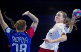 Russian håndboldkvinder stormer in the WORLD cup...