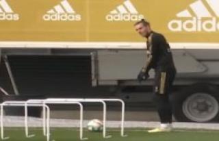 Trouble again? Gareth Bale swings golfkøllen for...