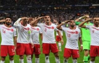 Uefa punishes Turkey with a big fine for militærsalut