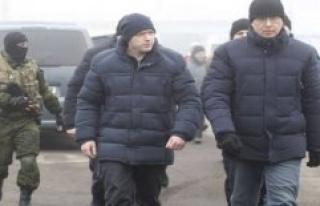 Ukraine swaps prisoners of war with the East prorruso...
