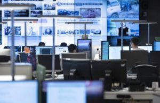 Politicians argue about the media dossier