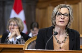 Post-car affair: a rebuke for the Federal Council