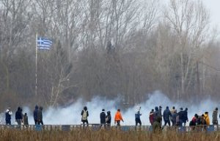 Turkey reports to: refugee shot on border