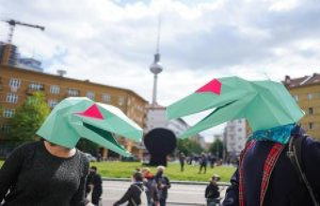 Berlin: Corona-enemies and counter-demonstrators once...