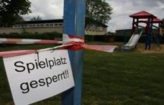 Blankenheim: damage noted: The swings in Blankenheim...