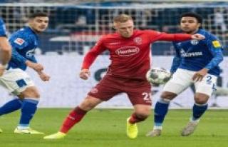 Düsseldorf - Schalke Live-Stream: Bundesliga live...