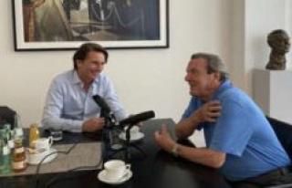 Gerhard Schröder sings the praises of Söder in Podcast...