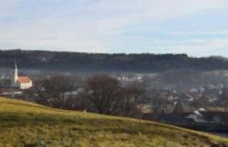 Glonn/ Bavaria: At the middle school, a photovoltaic...
