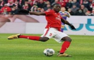 Mainz: FSV Mainz 05 Against RB Leipzig, with strikers...