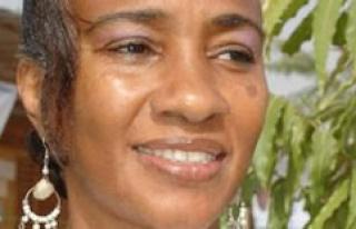 Tierno Monénembo – Hawa Dramé, the mother Theresa...