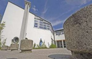 Vaterstetten/ Bavaria: Corona-the case of Realschule...