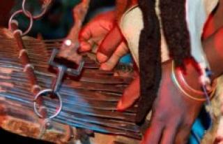 Zimbabwe : mbira, an instrument that crosses centuries...