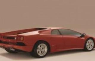 Bitter Lamborghini accident: TV presenter drives a...