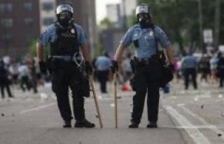 Death of George Floyd : the police of Minneapolis...