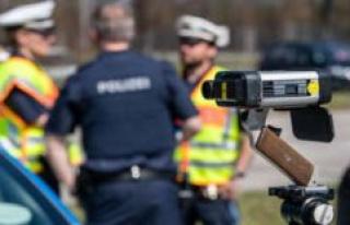 Ebersberg Poing, Bavaria, New jobs in police uncertain...