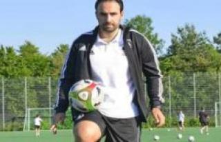 Emotional like a little Jürgen Klopp: the new Coach...