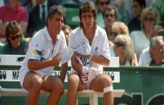 Ex-Tennis-Star Perez-Roldan: My father tied me to...
