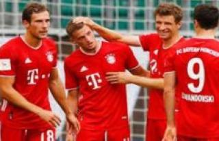 FC Bayern Munich: Thomas Müller with Emotionally-statement...