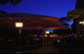 Halle (Saale): night owls in the Gastro-scene : uncertainty...
