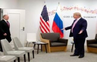 US Insider warns: Trump makes Putin with troops withdrawal...