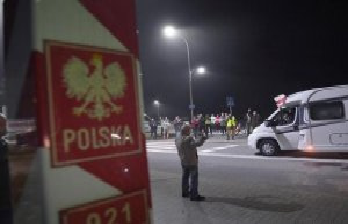 Warsaw/Frankfurt (Oder): Poland opens its borders...