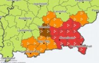Weather in Munich: Official DWD-warning-duration rain...