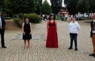 Bad Kissingen: Successful graduation with distance