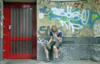 Corona-crisis pushing children into poverty - now...