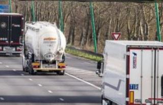 Dumping road : the revenge of the west in ballast...