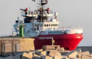 Ocean Viking : 180 migrants rescued landed in Sicily,...