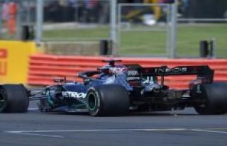 Formula 1: Hamilton wins in Silverstone