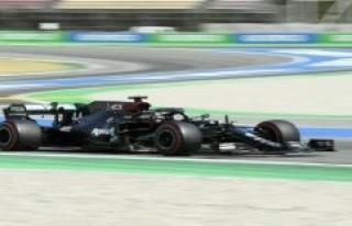 Hamilton wins Pole Position in Spain - Vettel on eleven