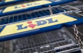 I am ashamed for you: complaint about Lidl cashier...